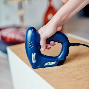 Capsator electric Rapid E-TAC pentru capse si cuie DIY, magazie duala, capse 140/6-14mm, cuie 8/15mm, sistem siguranta 50005732