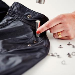Ocheti Rapid diametru 8.0mm, otel finisat argintiu, include sistem de fixare, 25 buc/set 50004111