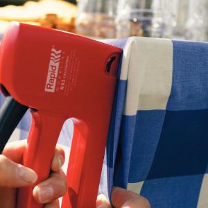 Capse Rapid 53/8 otel inoxidabil, sarma subtire, decoratiuni, 2500/cutie carton 238080003