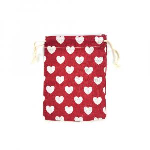 Saculet textil rosu cu inimi albe 17cm x 11.5cm