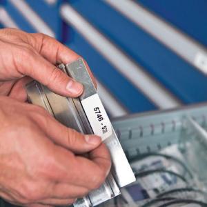 Etichete termice universale compatibile Brother DK-11204, 17mm x 54mm, hartie alba, adeziv permanent, 400 etichete/rola, suport din plastic inclus DK112022