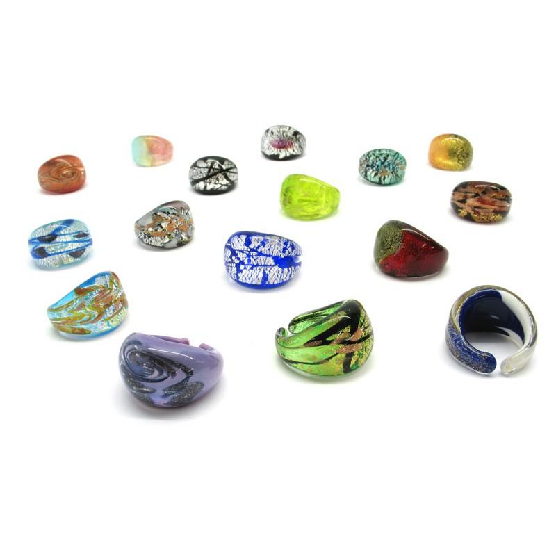 Viata prinde culoare cu un inel instagramabil din sticla de Murano!