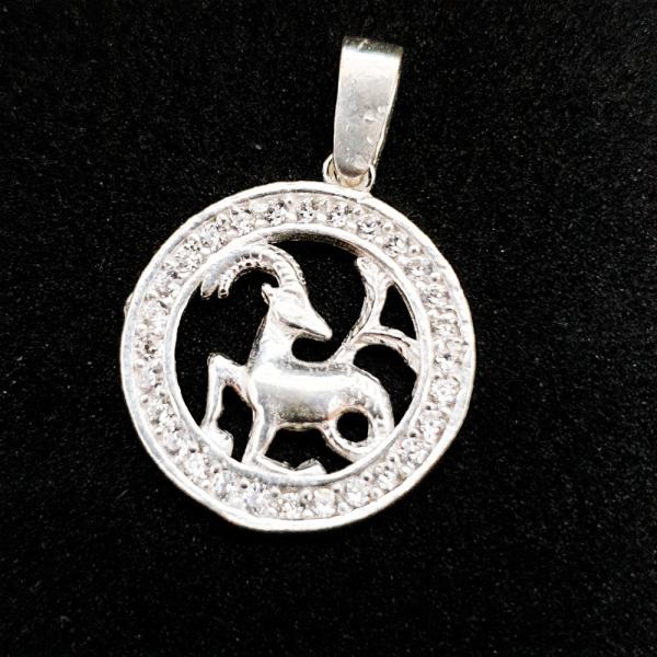 Pandantiv din argint cu zodia Capricorn 0