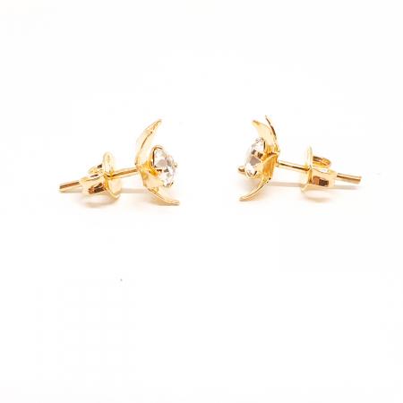 Cercei mici placati cu aur Urbika1