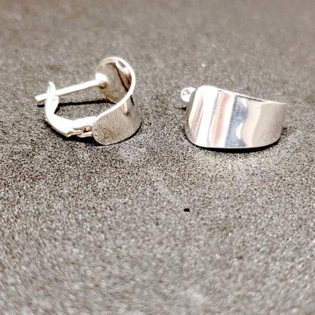 Cercei rotunzi din argint 1.5 cm Gatta [2]