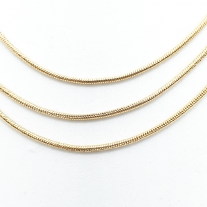 Lantisor triplu placat cu aur Ester1