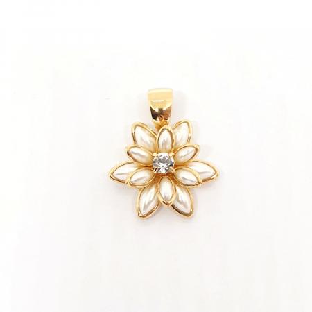 Pandantiv-floare placat cu aur White Lilly [0]