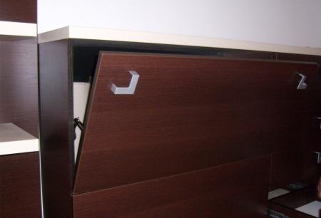 Servicii montaj / reparatii mobilă2