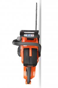Drujba electrica cu acumulator (electrofierastrau) Redback EA216, 120V, 2Ah, 40cm, cu acumulator si incarcator4