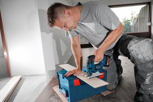 Fierastrau pendular cu acumulator Bosch GST 18 V-LI B, 18 V, 5Ah , 2700 curse/min3
