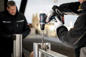 Masina de gaurit si insurubat (bormasina) Bosch GSR 18 V-EC, 18 V, 5Ah, 60 Nm, 2 acumulatori si incarcator4