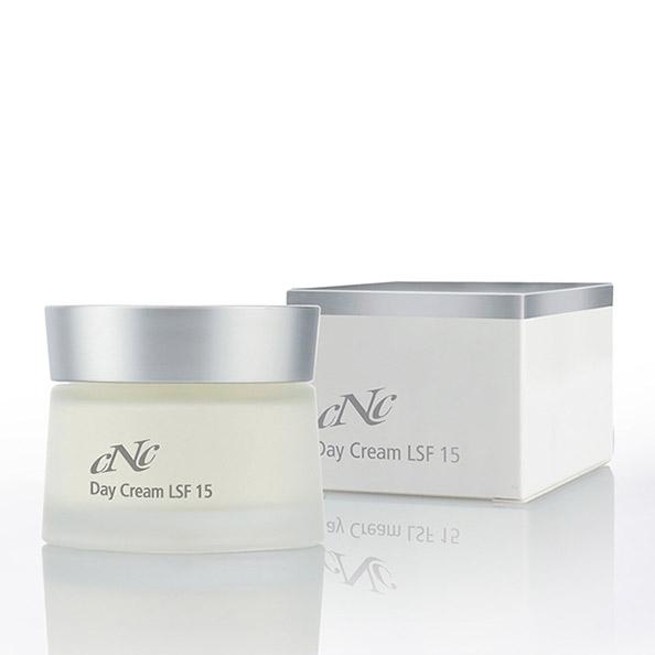 CNC White Secret Day Cream LSF 15  50 ml 0