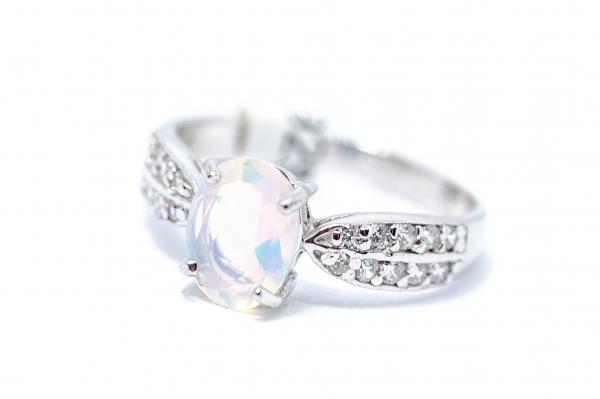 Inel din Argint cu Opal si Zirconiu 0