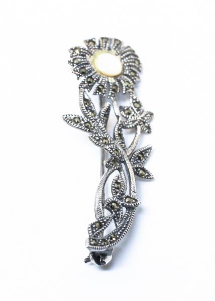 Brosa din Argint Floare cu Sidef si Marcasite 0
