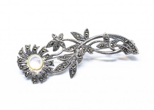 Brosa din Argint Floare cu Sidef si Marcasite 1