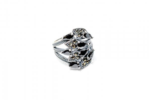 Inel din Argint cu Granat si Marcasite 0