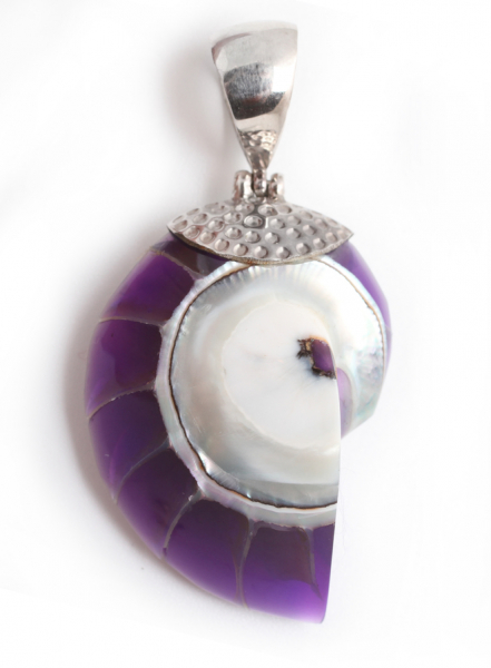 Pandantiv melc sidef violet 2