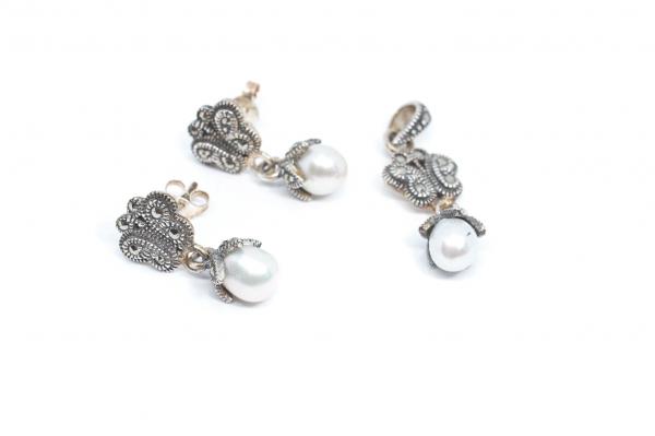 Set din Argint Cercei si Pandantiv cu Marcasite si Perla 0