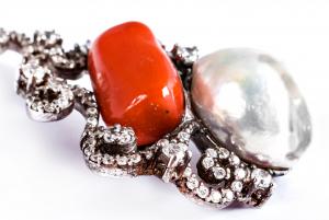 Pandantiv din Argint cu Perlă de Cultură și Coral1
