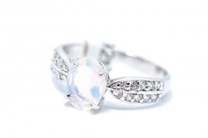 Inel din Argint cu Opal si Zirconiu1