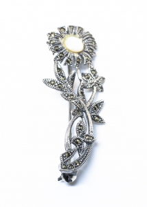 Brosa din Argint  Floare cu Sidef si Marcasite0