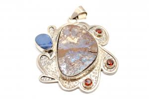 Pandantiv din Argint cu Opal Etiopian si Granat0