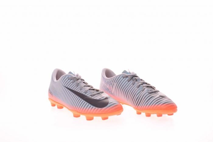 Ghete fotbal Nike Mercurial 3