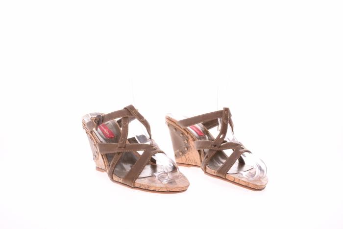 Sandale dama tip slip-on 4
