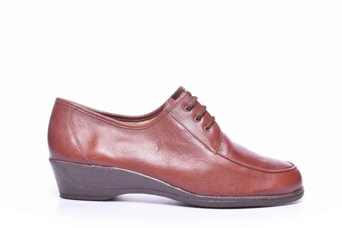Pantofi clasici dama 0