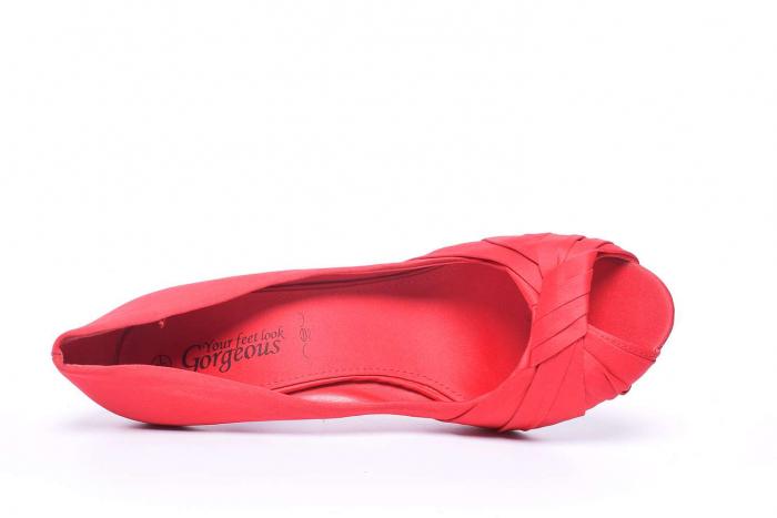 Pantofi dama cu toc subtire 4