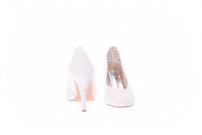 Pantofi dama cu pietricele 4