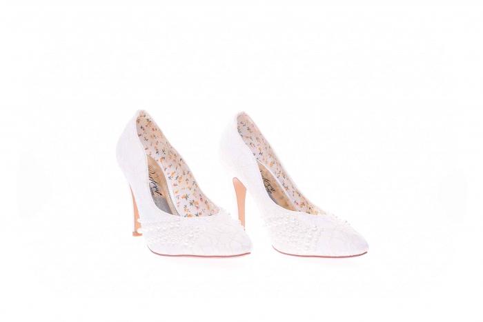 Pantofi dama cu pietricele 3