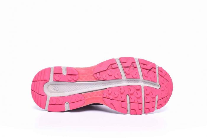 Pantofi sport dama cu membrana Gore-Tex 1