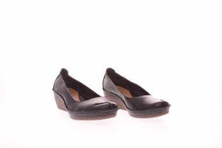 Pantofi clasici dama3