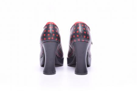 Pantofi dama cu buline rosii4