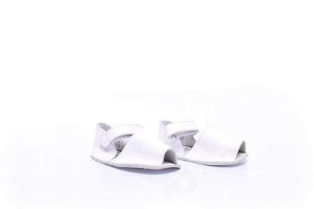 Sandale bebelusi [2]