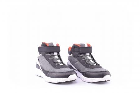 Sneakers impermeabili copii2