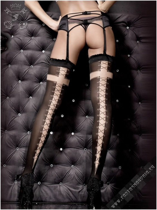 Laced Cross stockings 0