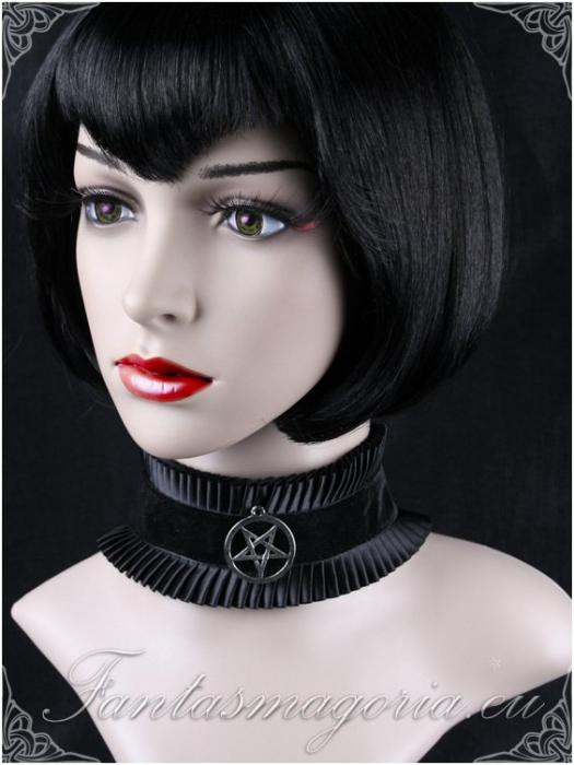 The Witchcraft choker 1