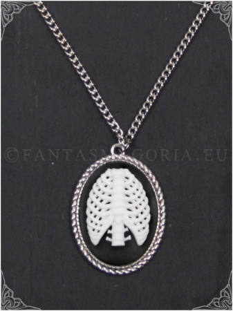 The ribs cameo pendant on a chain0