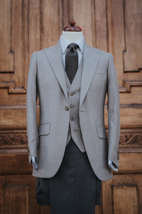 Costum made-to-measure [0]