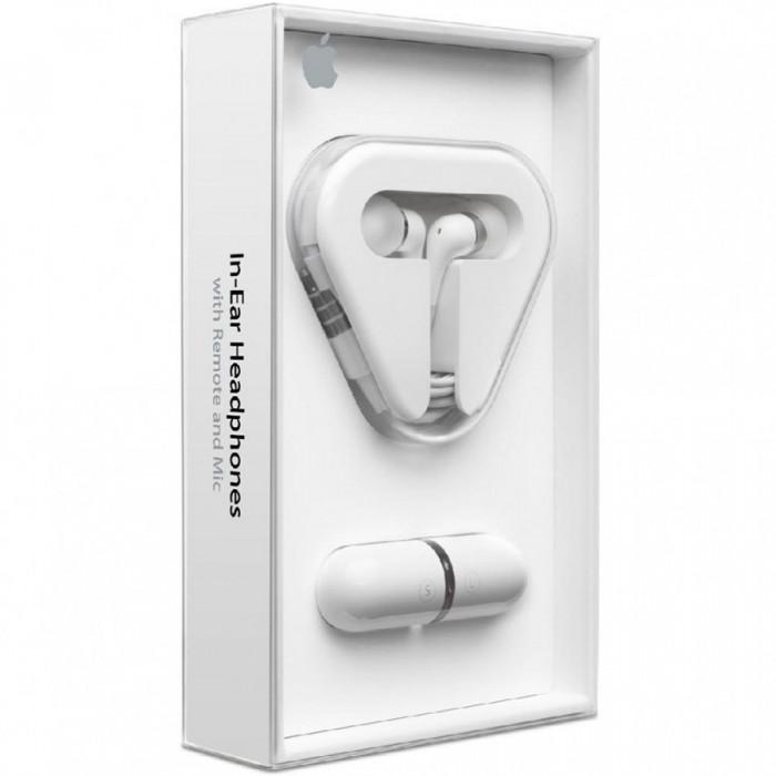APPLE IN-EAR HEADPHONES W/ REMOTE & MIC [1]