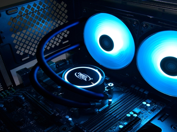 "COOLER DeepCool CPU universal. cu LICHID. soc LGA2011(3)/1366/115x & FMx/AM4/AM3x/AM2x, AL+Cu+lichid, 2x 120 blue LED fans, 250W, ""GAMMAXX L240T BLUE"" 2"