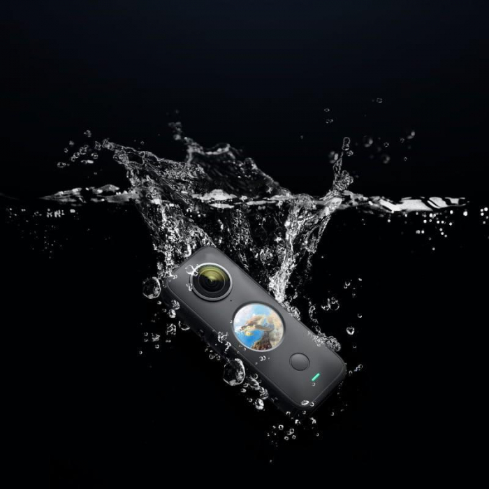 Camera video sport Insta360 ONE X2, 5.7K, 360°, Waterproof(pana la 10 metri), 4 microfoane, Mod Steadycam, InstaPano, Slow Motion, capacitate acumulator 1630 mAh, culoare neagra [2]