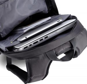 """RUCSAC CASE LOGIC notebook 15.6"""", poliester, 2 compartimente, buzunar interior tableta, buzunar frontal, 2 buzunare laterale, black """"WMBP115K""""/5323305"""