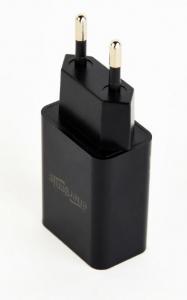 "Universal USB charger, 2.1 A, black ""EG-UC2A-03""1"