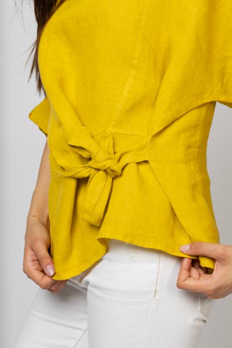 Bluza din in galbena masura mare cu nod pe talie [2]