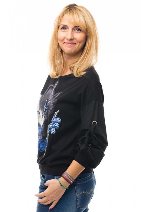 Bluza neagra din tricot cu model pisica si broderie aplicate [4]