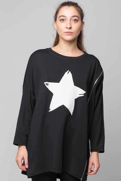 "Bluza neagra ""Star"" oversize cu fermoar oblic 0"