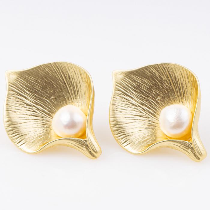 Cercei clips, metalici, aurii, cu perla centrala [0]